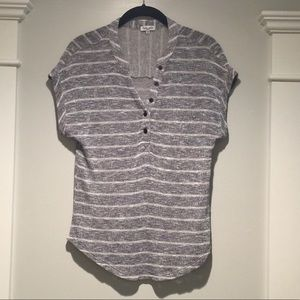 EUC Splendid button front top tee soft striped S